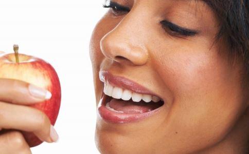 如何治疗月经不调 月经不调怎么办 月经不调吃什么好
