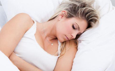 女人肚子硬怎么回事 子宫肌瘤有哪些症状 怎样检查子宫肌瘤