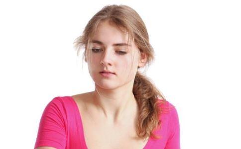 什么是化脓性乳腺炎 引起急性化脓性乳腺炎的原因是什么 化脓性乳腺炎有哪些症状
