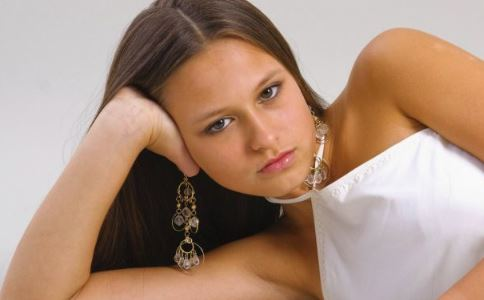 刮宫后月经量少怎么办 月经量少怎么办 月经量少的原因