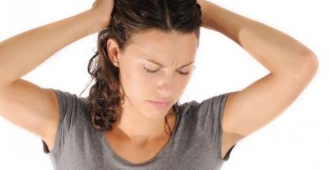 产妇患上乳腺炎怎么办 早期乳腺炎需要停止哺乳吗 怎样预防产后乳腺炎