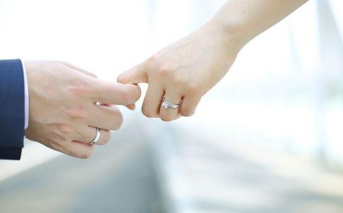 结婚登记率连续4年下降 结婚的好处 结婚对身体有什么影响