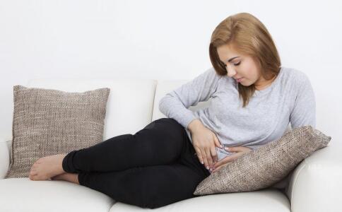 女性宫寒的原因 女性宫寒吃什么好 宫寒的按摩方法