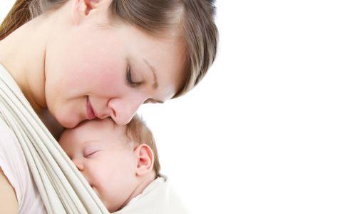 什么是接吻病毒 接吻病毒感染症状 亲吻宝宝 接吻病毒