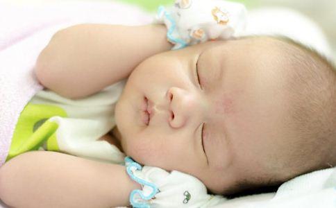 宝宝哄睡的方法 如何哄宝宝入睡 宝宝快速入睡的方法