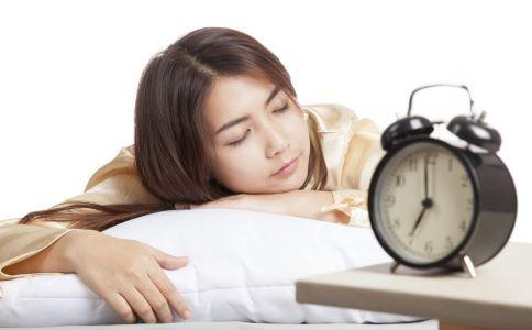 女人晨起要注意什么 女人晨起不能做什么 女人如何养生