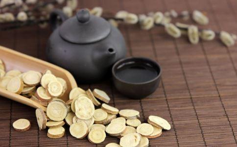 黄芪泡水当茶喝 一次放几克才好