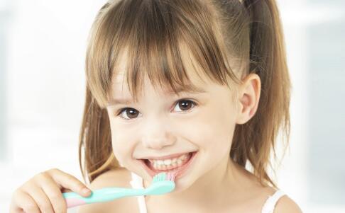 如何预防口腔溃疡 口腔溃疡的预防方法 怎么预防口腔溃疡