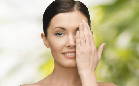 青光眼的早期症状有哪些 青光眼患者的护理方法 青光眼患者早期症状