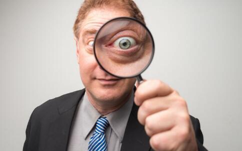 戴近视眼镜有什么好处 戴近视眼镜会加深近视度数吗 戴近视眼镜有什么误区