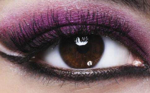 仿生视网膜 盲人 重见光明 手术 失明 眼科
