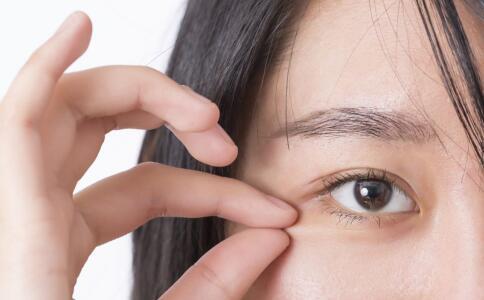 角膜塑形镜有危害吗 如何理解角膜塑形镜的使用 如何正确使用角膜塑形镜
