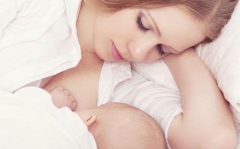 产后乳腺炎很疼怎么办 急性乳腺炎有哪些临床表现 怎样预防产后乳腺炎