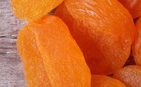 宝宝可以吃杏吗 宝宝吃杏的危害 宝宝吃杏有什么危害