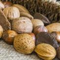 男人脱发怎么办 男人预防脱发吃哪些食物好 预防脱发的食物有哪些