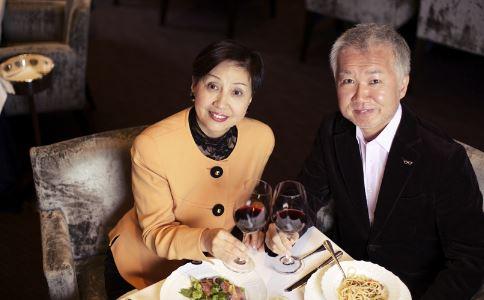 结婚59年从不做饭 夫妻保鲜方法 夫妻应该如何经营婚姻