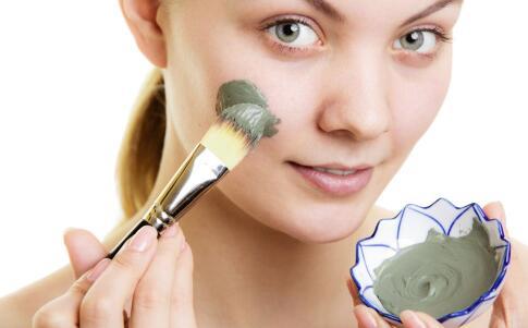 秋季干燥如何敷面膜 教大家正确敷面膜方法 美容护肤 图3