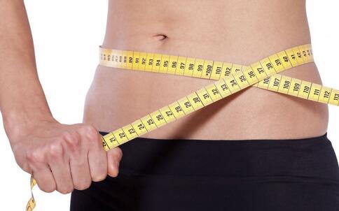 胖妹减肥医生却让她多吃肉 减肥要如何合理饮食 减肥饮食要注意哪些