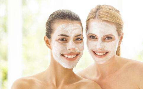 白醋洗脸有什么好处 白醋洗脸的正确方法 用白醋洗脸好吗