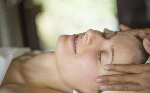 睡前要怎么保养 女人睡前保养方法