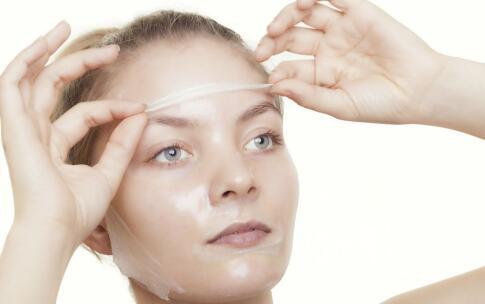 油性皮肤怎么护理 收缩毛孔的方法 收缩毛孔的小窍门