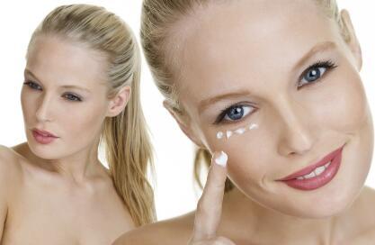 美容小运动 脸部美容怎么做 美容的方法有哪些