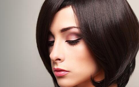 女人脱发怎么办 女人吃什么防脱发 女人脱发吃什么好