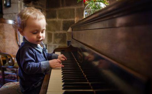 音乐启蒙的好处 如何给孩子做音乐启蒙 儿童早教大全