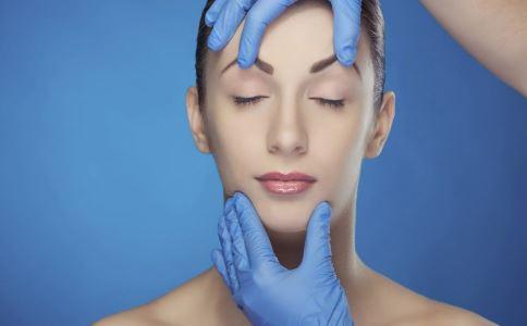 为什么经期不能进行整形手术 经期整形有哪些危害 打玻尿酸也要避开月经期吗