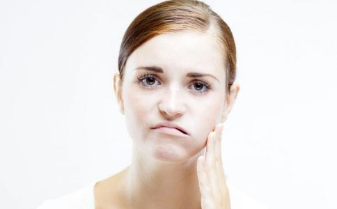 牙痛的常见原因是什么 牙痛怎么止痛 日常如何预防牙痛