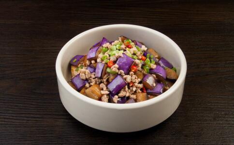 秋季吃哪些蔬菜好 秋燥适合吃哪些蔬菜 秋季养生吃什么好