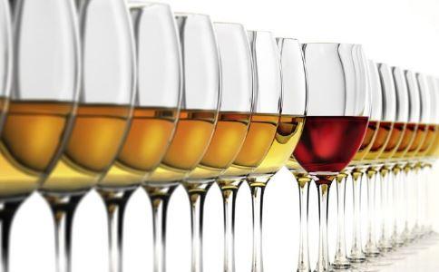 过度饮酒易伤害精子吗 喝酒会伤害精子吗 适量喝酒有什么好处