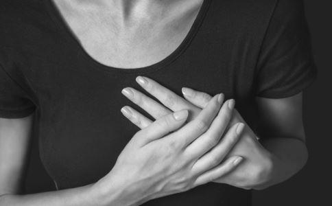 急性化脓性乳腺炎疼吗 女性如何自我检查