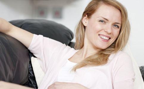 經期總是晚點很傷身 總是經期遲來的女人要學會催經