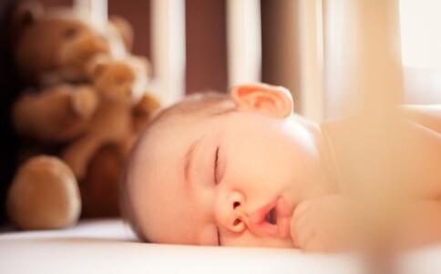 宝宝输液要注意什么 宝宝输液的注意事项 宝宝输液时要注意什么