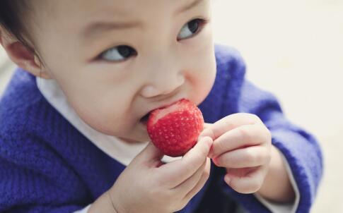 新生儿黄疸怎么护理 新生儿黄疸正常值 新生儿黄疸多久能退