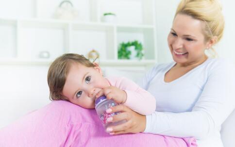 早产儿该如何接种疫苗 早产儿接种疫苗要注意什么 早产儿接种疫苗注意事项