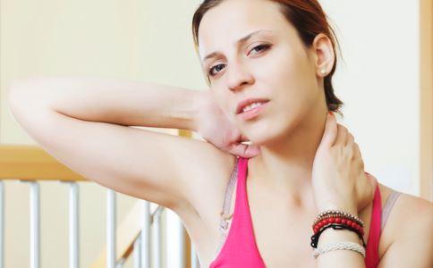 如何去除颈纹 七个方法塑造光滑颈部
