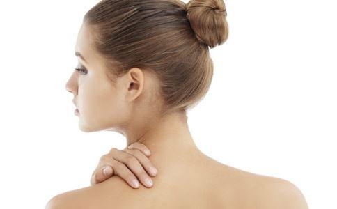 颈纹是如何产生的 女性如何去除颈部线条 颈纹怎么治疗效果好