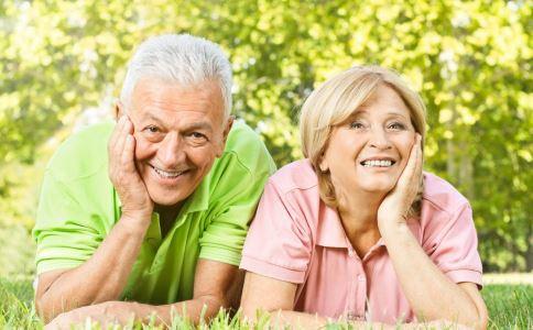 老人为什么会贫血 老人贫血是什么原因 老人贫血吃什么