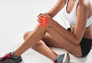 股骨头坏死早期有什么症状表现