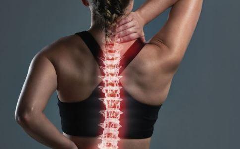 腰椎间盘突出症有哪些症状 腰椎间盘突出症怎么缓解 腰椎间盘突出症如何锻炼