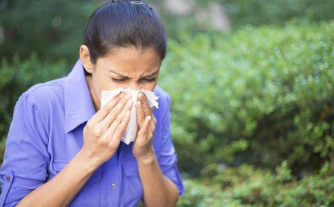 什么是过敏性哮喘 过敏性哮喘的病因有哪些 过敏性哮喘的并发症