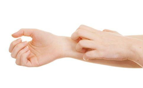 皮肤过敏是为什么 如何快速消除脸部过敏症状 敏感肌日常如何护理