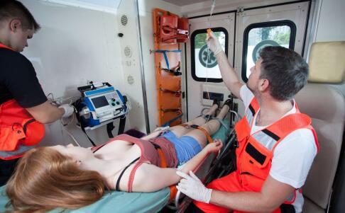 突发心梗怎么急救 心梗的急救方法有哪些 心梗怎么急救