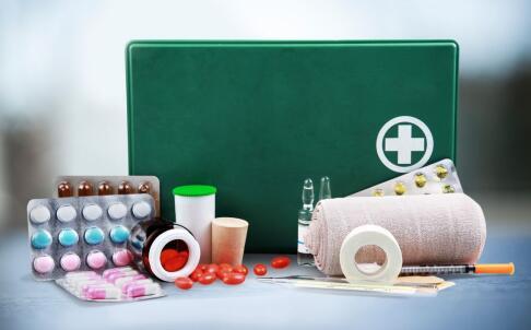 宝宝误食药物要怎么急救 宝宝误食药物的急救方法有哪些 宝宝误食药物的急救方法
