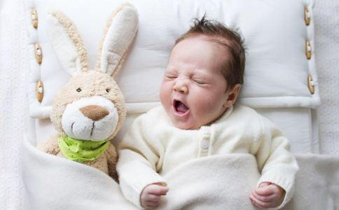 新生儿最佳睡姿 新生儿正确睡姿图 新生儿什么睡姿最健康