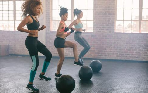 减腿健身操 健身操怎么瘦腿 瘦腿最有效的运动