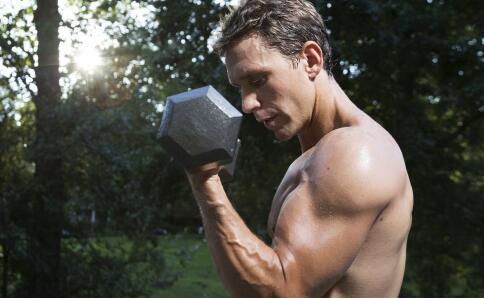 三角肌后束怎么练 练三角肌后束的动作 三角肌训练计划