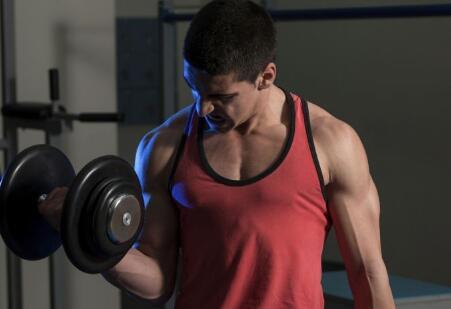 强化小腿内侧肌肉 怎么锻炼小腿肌肉 如何拉伸小腿肌肉